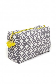 Graymarket Design  – Eyelet Toiletry Bag